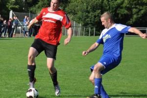 Nicolas Marxen erzielt per Heber das 1 : 1