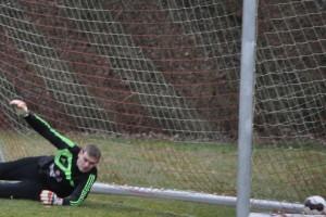 Sven Simon erzielt per Elfer das 2:0